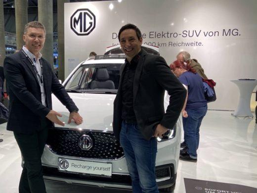 Ing. Aurel Bucur und Emanuel Wulgarellis auf der Vienna Autoshow