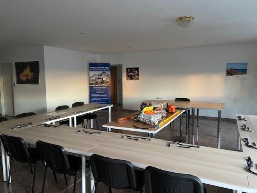 Schulungsraum – hier findet die HV2-Ausbildung bei WN-Technical Training.