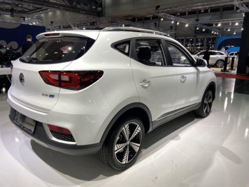 MG ZS EV von hinten